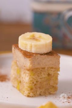 Make 3 ingredient banana bread with just condensed milk, self-raising flour, and mashed bananas, bake in a sheet pan, and top with a creamy milk tart layer. It's the easiest dessert you'll ever make and it's also a great dessert to prep-ahead and place in the fridge until you're ready to serve 😍 Great Desserts, Delicious Desserts, Dessert Recipes, Moist Banana Bread, Banana Bread Recipes, Dessert Games, Milk Tart, Condensed Milk, 3 Ingredients