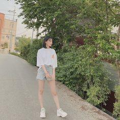 Yuri, Sakura Miyawaki, Japanese Girl Group, The Wiz, Girl Crushes, Girl Photos, 4 Photos, Foto E Video, My Idol