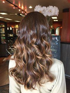Balayage #hair #hairbykaylacastro #balyage #hairpainting #brunette #healthyhair #fallhair #fall #autumn