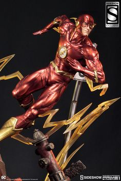 DC Comics: Justice League New The Flash Statue by Sideshow Collectibles Star Wars Poster, Star Wars Art, Star Trek, Justice League New 52, Dc Comics, Batman Armor, Geek Toys, Dc World, Superhero Villains