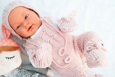 Take home outfit. Baby present. by Jacobstoyshop on Etsy Baby Layette, Baby Presents, Take Home Outfit, Baby Knitting, 12 Months, Baby Shower Gifts, Trending Outfits, Crochet, Handmade Gifts