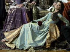 Anne Boleyn blue and gold dress