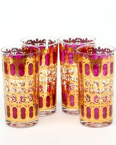 vintage glassware from Antiquaria....we had these when I was growing up