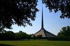 AD Classics: North Christian Church / Eero Saarinen