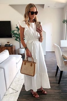 Fashion Jackson Wearing White Ruffle Maxi Dress Hermes Sandals Basket Bag Source by IlkaEliseB white dress White Dress Outfit, Dress Outfits, Casual Dresses, Fashion Dresses, Dresses Dresses, Summer Maxi Dress Outfit, White Summer Dresses, Wearing Dresses, White Sundress
