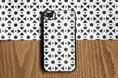 DIY – Coque d'iPhone customisable à l'infini