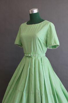 Vintage Dress / 1950s Full Skirt Dress / 50s 60s Green Gingham Dress