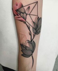 "4,218 Likes, 37 Comments - Mariusz Trubisz (@mariusztrubisz) on Instagram: ""magnolia flowers done at @giahiwinterthur"""