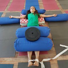Restorative Yoga Sequence, Yoga Sequences, Yoga For You, Yoga For Kids, Pranayama, Yin Yoga, Yoga Meditation, Asana, Yoga Iyengar