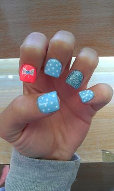 Bow Nails :)  love how short they are