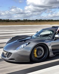 Venom Hennesey - @ 270 mph this is currently the hottest out there!