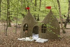 Woven willow playhouses—also known as twig playhouses, twigwams, and wicker playhousesa—are ideal indoors and out. They're the ultimate natural play space.