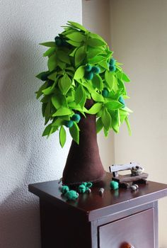 Walnut - Felt Tree