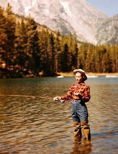 22 Breathtaking Photos of the Peaceful Jackson Hole Valley in Its Dude Ranch Day. - 22 Breathtaking Photos of the Peaceful Jackson Hole Valley in Its Dude Ranch Days from the ~ - Fishing Girls, Gone Fishing, Fishing Life, Fly Girls, Trout Fishing, Kayak Fishing, Carp Fishing, Fishing Chair, Fishing Box