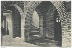 PAYS BAS - BRABANT SEPTENTRIONAL - NOORD BRABANT - OOSTERHOUT - Abbaye Saint Paul - Petit escalier