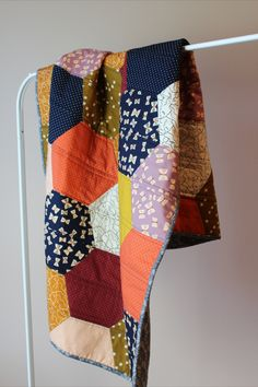 Throw Quilt made by autumn & lore Modern Quilting Designs, Modern Quilt Patterns, Quilt Designs, Quilting Projects, Quilting Room, Quilting Tips, Hand Quilting, Art Projects, Geometric Quilt