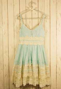 #Chicwish Got a Date Mint Lace Dress