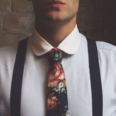Men's floral tie and suspenders