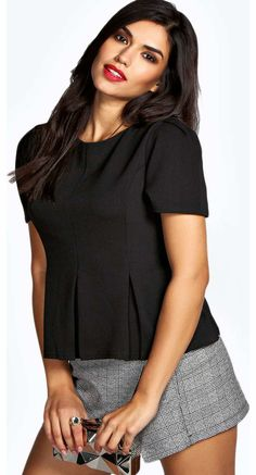 boohoo Frances Short Sleeve Jersey Fit