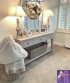 Christmas Gift Guide For The Interior-Obsessed Entryway and Hallway Decorating Ideas Christmas Gift Guide InteriorObsessed Home Living Room, Living Room Designs, Cottage Living Rooms, Casas Shabby Chic, Flur Design, Halls, Hallway Inspiration, Hallway Designs, Small Hallways