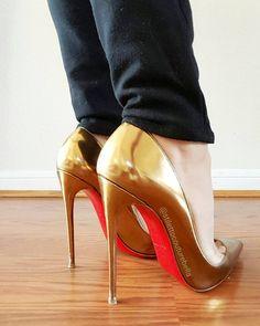 So Kate!!!  #christianlouboutin #shoequeen #sokate #sokate120 #shoelover #shoegasm #shoegame #sotd