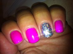 My nails: IBD Gel polish in Plum Crazy; accent nail IBD Gel polish in Polar Sky and loose holographic square glitter overlay Cute Nail Colors, Toe Nail Color, Hot Nails, Hair And Nails, Ibd Gel, Overlay Nails, Ibd Just Gel Polish, Nail Polish Strips, Shellac Nails