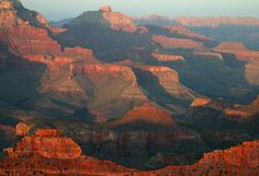 Enter to take a trip over the Grand Canyon in a plane during your stay in Arizona
