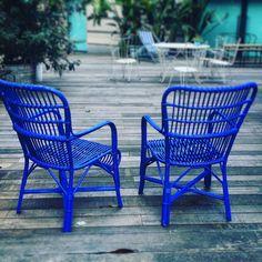 #gf_daily #milano_go #milanodavedere #milano #milano #milan #milano_city #instagood #blue #shadeofblue #chairs #ig_lombardia #loves_lombardia #lombardia_super_pics #loves_united_lombardia #volgo_milano #volgo_lombardia #tommy_hilfiger #milano_nascosta by duke_malta