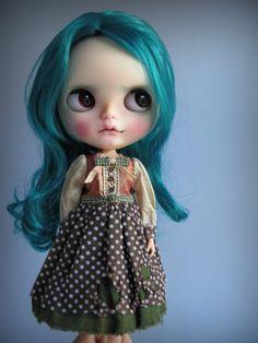https://www.etsy.com/fr/listing/248701725/tiffin-a-dress-for-blythe?