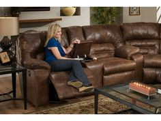 Franklin Furniture   Dakota Loveseat In Smokey