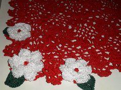caminho de mesa fio princesa c/flores https://www.facebook.com/artesdairis