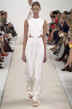 Slideshow: The Runway at Valentino's New York Couture Show