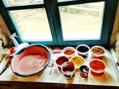 Making beautiful lime paint using natural pigments.