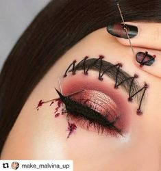 Are you ready for the idea of Halloween makeup looks? let's take a look at the best Halloween make-up we have. All Halloween costumes are included. Edgy Makeup, Eye Makeup Art, Scary Makeup, Horror Makeup, Zombie Makeup, Halloween Makeup Clown, Amazing Halloween Makeup, Halloween Costumes, Halloween Eyeshadow