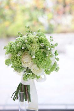 ビバーナム/ラナンキュラス/花どうらく/ブーケ/http://www.hanadouraku.com/bouquet/wedding/