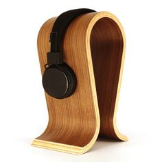 Kopfhörerständer mit Gravur | Omega von Sieveking Sound