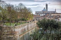 Did you know that you can get a spectacular view of Siena from the Medici Fortress in town, a.k.a. Santa Barbara Fort? The fortress was…