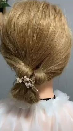 Short Bob Hairstyles, Ponytail Hairstyles, Cute Hairstyles, Long Hair Ponytail Styles, Long Hair Styles, Fashion Hacks, Fashion Tips, Nails Design With Rhinestones, Hair Hacks
