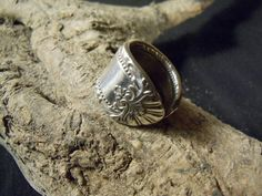 "R88- Handmade spoon ring  OLD LONDON  1936 size 5-1/2  Silver Plated ""T"" #handmade #SpoonRing"