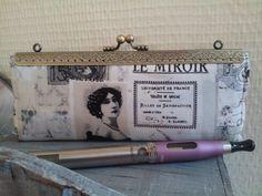 Pochette Ecigarettes vapoteuse - coton journal intérieur lin : Trousses par dentelles-et-fanfreluche