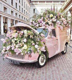Vlog | Chelsea flower show and London trip Jo Malone flower car covent garden