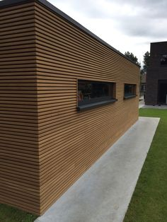 Amazing Timber Cladding Ideas to Spike up Your Building Design Timber Cladding, Exterior Cladding, Cladding Ideas, Wooden Facade, Garden Buildings, House Extensions, Wooden House, Prefab, Building Design