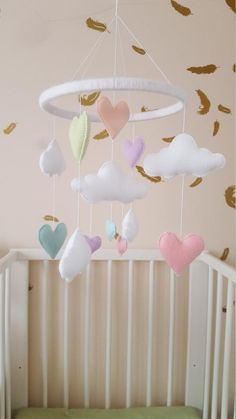 heart mobile Pastel mobile baby mobile heart and cloud baby Cloud Nursery Decor, Pastel Nursery, Clouds Nursery, Rainbow Nursery, Girl Nursery, Nursery Ideas, Murs Mobiles, Baby Shower Gifts, Baby Gifts