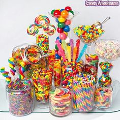 Rainbow Candy Buffet for Candyland Quince Rainbow Candy Buffet, Rainbow Sweets, Candy Land Theme, Bar A Bonbon, Rainbow Birthday Party, Candy Land Birthday Party Ideas, Rainbow Wedding, Rainbow Parties, Turtle Birthday