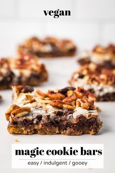 Vegan Magic Cookie Bars This easy, decadent dessert is made with a graham cracker crust topped with layers of sweetened condensed milk (non-dairy), chocolate chips, coconut, and nuts! Magic Cookie Bars are the perfect vegan dessert to feed a crowd. Quick Dessert Recipes, Desserts For A Crowd, Easy Desserts, Sweet Recipes, Snack Recipes, Snacks, Healthy Vegan Dessert, Vegan Treats, Vegan Desserts