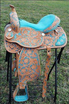 I love this western saddle!
