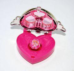 2003 Sailor Moon Figure Crystal Locket Wristband Band brand new