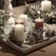 Zita Elze at Neptune Homes in Chiswick for Christmas 2015 photo: Adam Carter Christmas 2015, Christmas Images, Christmas Ideas, Neptune Home, Christmas Interiors, Christmas Table Decorations, Flower Garlands, Pillar Candles, Adam Carter