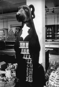 The dog food display at Biba inspired by Barbara Hulanicki's great dane Othello #dog #great #dane #animal
