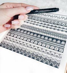 Tattoo mandala design inspiration colour ideas for 2019 Mandala Doodle, Mandala Drawing, Doodle Art, Mandala Painting, Mandala Tattoo, Pattern Sketch, Pattern Drawing, Pattern Design, Doodle Patterns